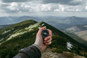 What to Bring on a Short Hike - Beginners Guide 3